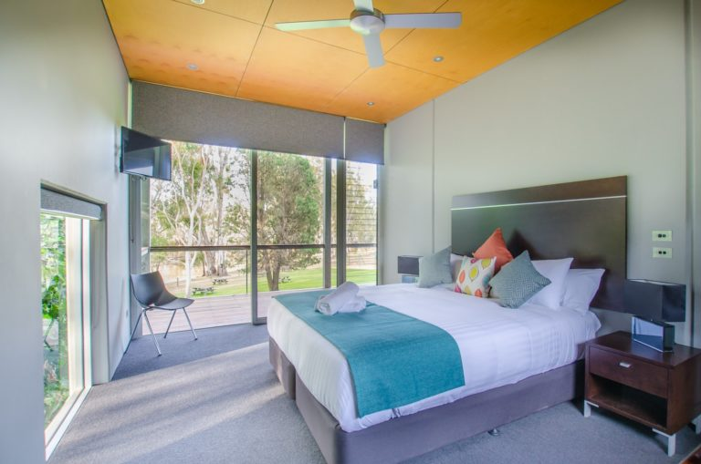 13-cape-horn-vineyard-villa-bedroom-3
