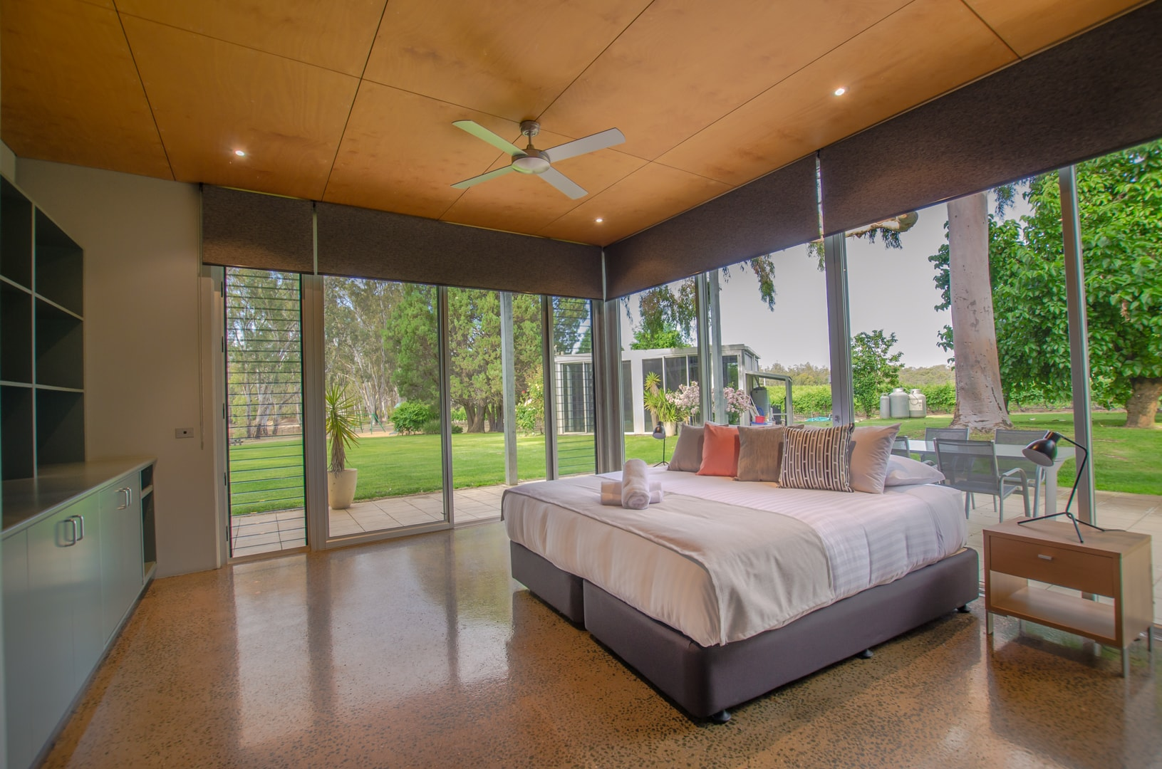 7-cape-horn-vineyard-villa-bedroom-2